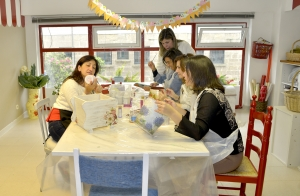 Taller de manualidades o pintura para niños y adultos