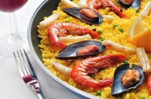 Menú para 2 con navajas, arroz de marisco a pie de playa