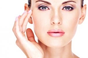 Peeling facial con tratamiento reafirmante Indiba y alta cosmética